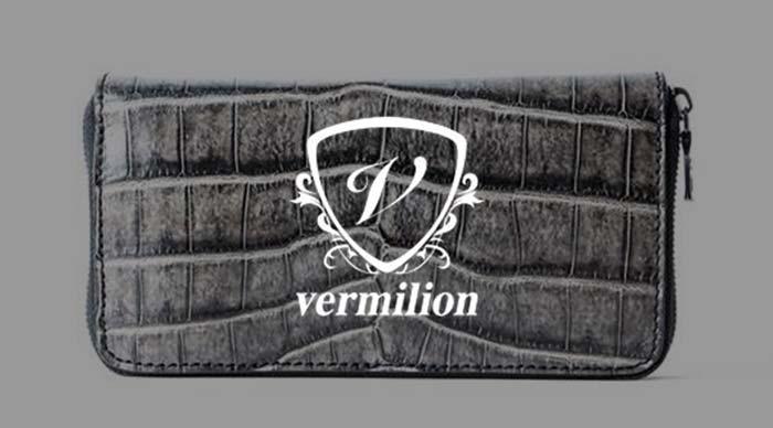 ヴァーミリオン 財布